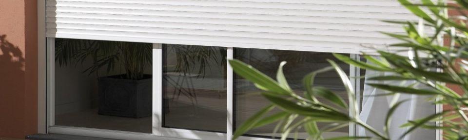 rideaux lectriques volets roulants. Black Bedroom Furniture Sets. Home Design Ideas